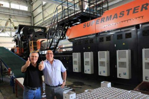 SM6500-TP Injection Molding Machine in Israel