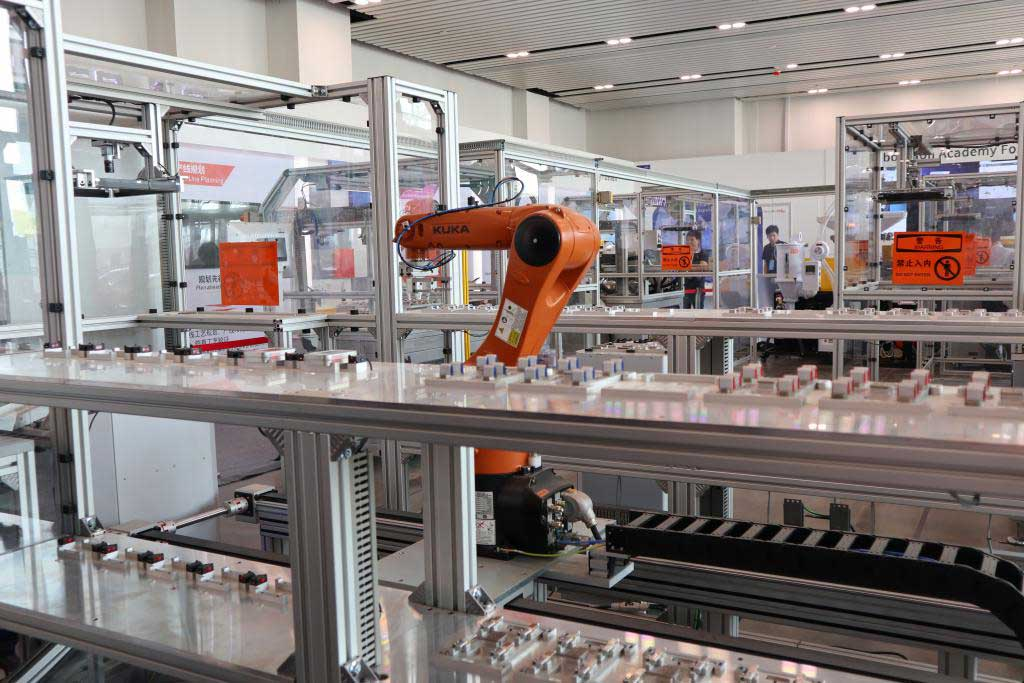 "A pilot fully-automated production line for recordable USB flash drive sticks, constructed by a Sino-German team, with full ""Industrie 4.0"" processes."