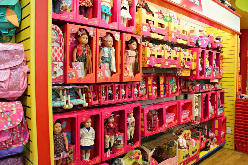 Toys produced by Wah Lung Toys
