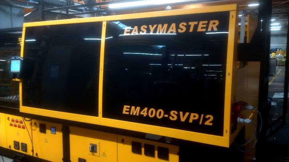 Chen Hsong Injection Molding Machine - EASYMASTER 400-SVP/2