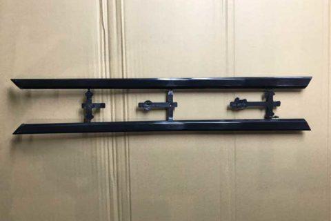 Molding-automotive-front-door-exterior-trims--frontside